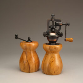 Antique Style Pepper Mill and Salt Mill Set in Olive Wood