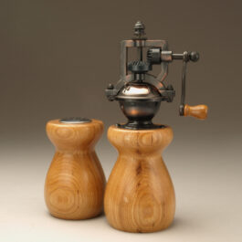 Antique Style Pepper Mill and Salt Shaker Set in Hickory